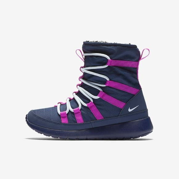 6ad74dbb0ee87 Nike Roshe One Hi Sneakerboot. M 5a809391331627953df65e09